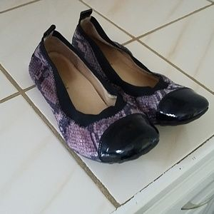 Girls Naturino Shoes - size 36 EU, 5 USA